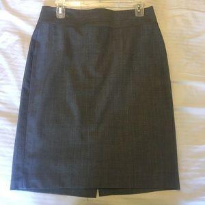 Banana Republic size 6 pencil skirt